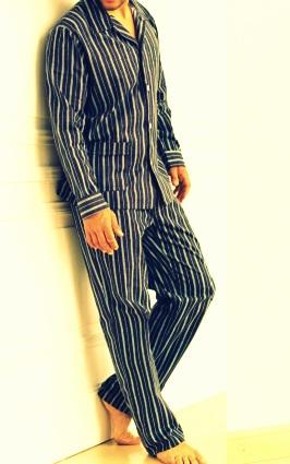 Pijamas-con-botones