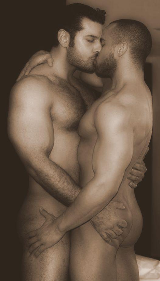 3eaba60369431d2b4d41d94ff6292e27--gay-guys-gay-men.jpg