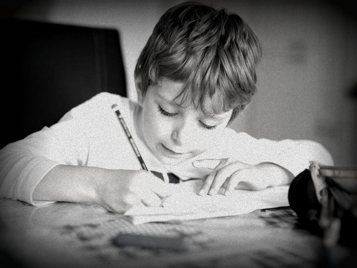 nene-escribiendo_0